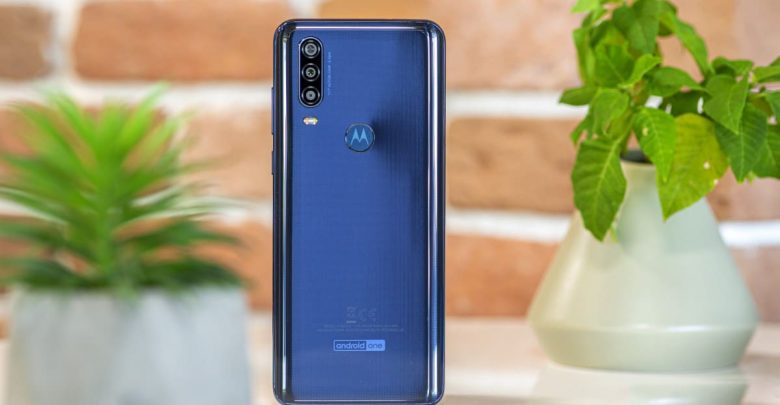 هاتف Motorola One Action